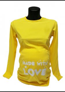 rumena majica z napisom